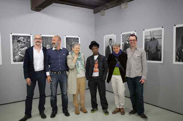 Special thanks to the gallery owners  L-R: Verna, Jordan and my hosts Doris, Nathalie & Roland from Pink Apple team.