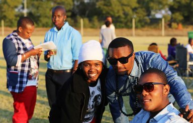 inkanyiso team & friends_2236