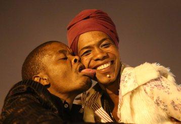 tongue & cheek_3313