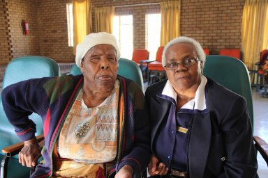matron & patient @ Daveyton home of the aged_1187
