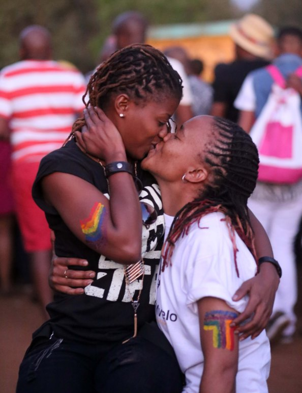 2013 Sept. 30:    Intimate kisses  at Soweto Pride 2013