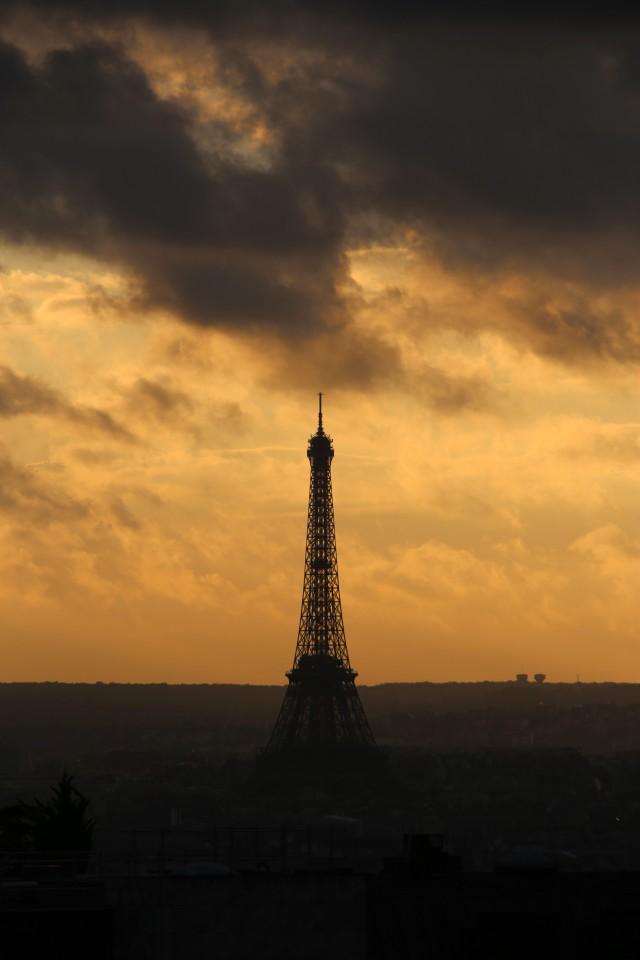 2013 Nov. 4 Paris _Eiffel Tower 2_9802