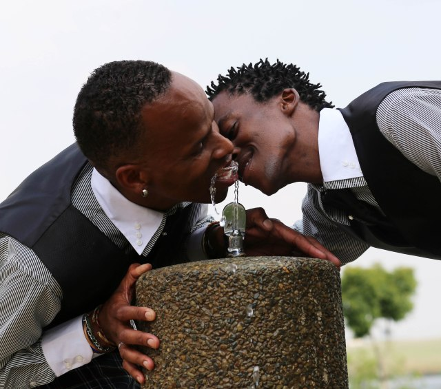 2013 Dec. 30:   Promise & Mpho's wedding photos