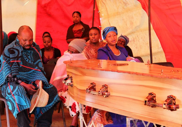 2013 Dec. 15:  Photos from the funeral of the recently murdered lesbian in Ratanda