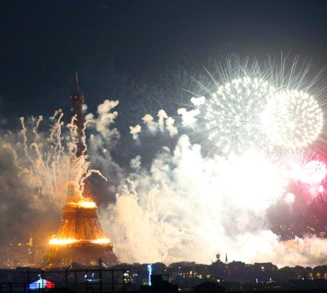 God gave us Eiffel Tower_4159