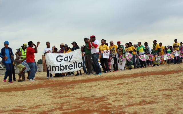 gay umbrella_0075