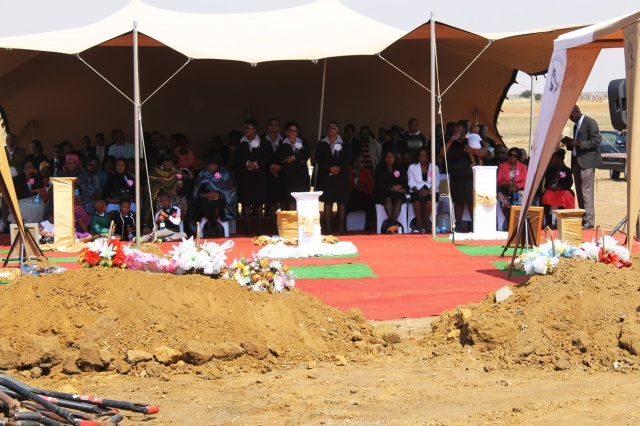 tent @ m & m s funeral_4073