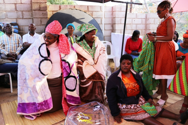 Wedding Gifts For Couples South Africa : 2014 Aug. 2: Vuyisile and Happy s umembeso inkanyiso.org