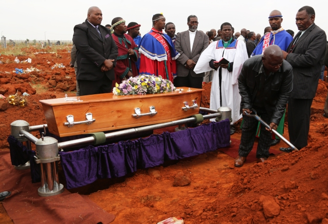 phumzile laid to rest_9487