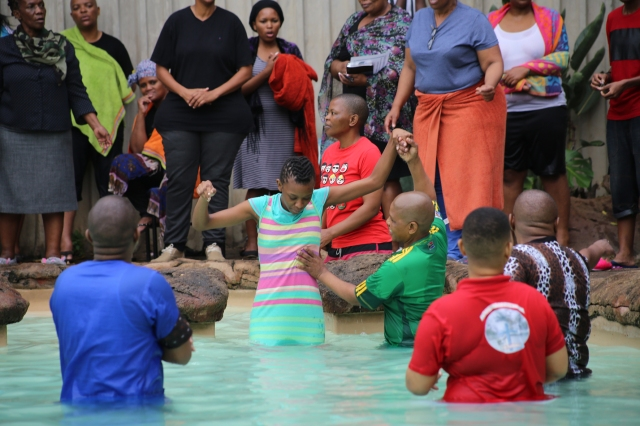 2015 April 4 Tinashe baptised_3223