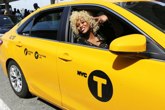2015 April 19 MaGesh in a yellow cab_9911