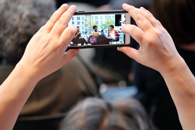2015 April 30 Member of audience captures speakers @BM_9460