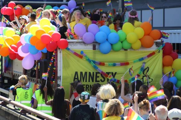 2015 June 27 Amnestly float_7602