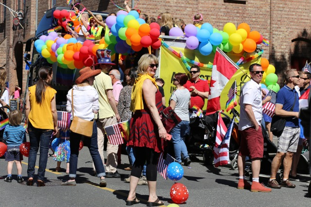 2015 June 27 Amnesty float @Oslo Pride_7519