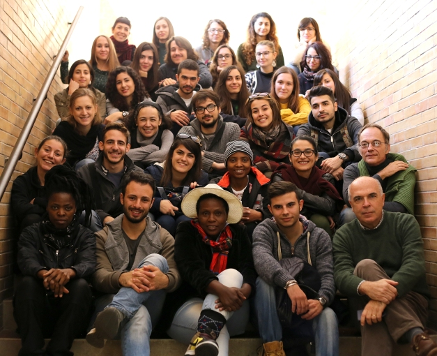 2015 Dec. 4 Anthropology _ Group photo _ CU3_5401