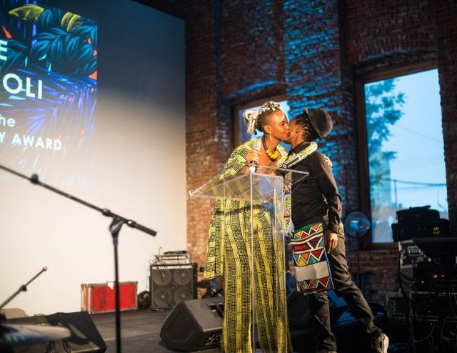2016 June 3 Wangechi & Muholi @AO awards DSC01737