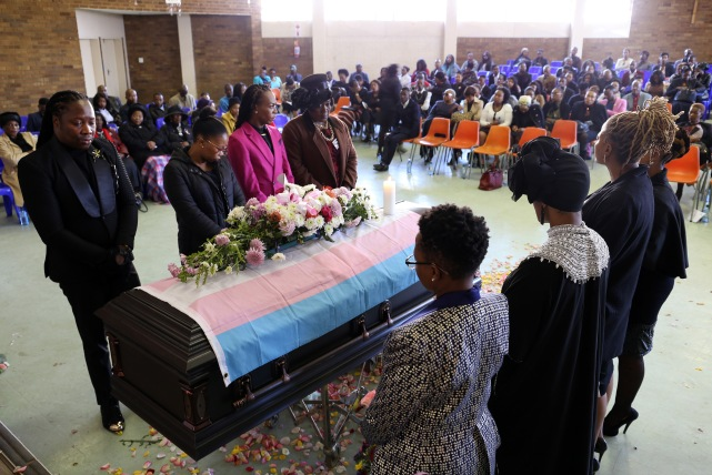 2017 July 29 Iko Mash funeral _ coffin_4431