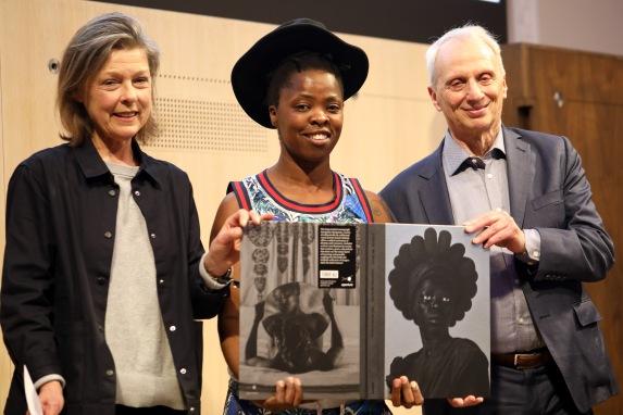 Zanele Muholi receiving the Kraszna-Krausz the 2019 book of the year award photo by Lerato Dumse